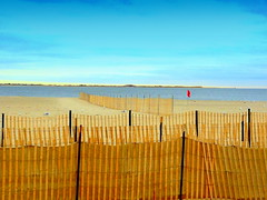 Manhattan Beach at Winter. Season Decor (dimaruss34) Tags: newyork brooklyn dmitriyfomenko image sky clouds winter manhattanbeach fence