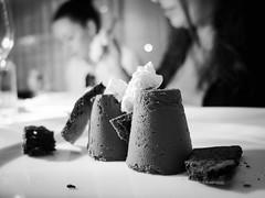 1848 - Le poche gioie della vita (Diego Rosato) Tags: black forest boulevardier foresta nera torta cake sweet dolce bianconero blackwhite panna stefania fuji x30 rawtherapee