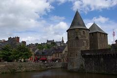 Fougres 8 (Ici Bretagne) Tags: france bretagne 35 chteau remparts fougres mdival illeetvilaine