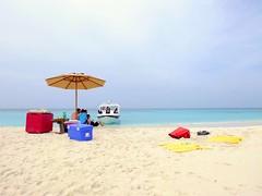 picnic (.conor) Tags: blue beach boat sand beachumbrella constancemoofushi fujifilmx10 maldives