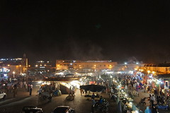 Marrakech jemaa el-fnaa square night (Photo Quintessence) Tags: africa sunset horses horse sun tower sahara gardens breakfast shopping square lunch monkey cafe october tour desert market snake crowd palace mosque dirty steam morocco marrakech souk marrakesh sofitel stalls crowded riad jemaaelfnaa riads berbermarket koutoubiamosquegardens