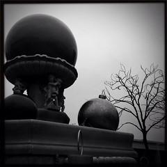 (Kathy Carey) Tags: christmas bw fountain giant ornaments lowy blackeys supergrain hipstamatic