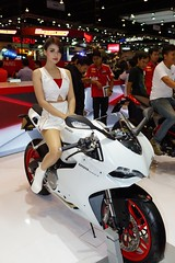 Ducati 899 Panigale with beautiful, sexy presenter at the 30th Thailand International Motor Expo 2013 (UweBKK (α 77 on )) Tags: auto show girls woman sexy girl beautiful car digital thailand women automobile expo sony exhibition motorbike event international thong impact motor 30th alpha dslr ducati thani 77 challenger presenter muang 899 panigale 2013