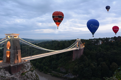 Ballons over Clifton Suspension Bridge