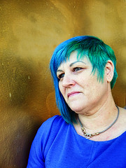 Two Tone (Reinardina) Tags: street woman green modern hair different vibrant blues colourful clever coiffure twotone singlefigure
