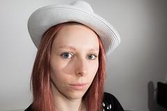 IMG_0923 (Enzo Photographie) Tags: portrait girl studio jack femme flash yeux jeans talon alcool chapeau daniels roux rousse regard