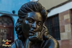 La Pescadera en la Plaza de Trascorrales de Oviedo, Asturias, Espaa. (RAYPORRES) Tags: espaa monumento esculturas asturias estatuas oviedo estatua marzo 2014 sebastianmiranda plazadetrascorrales lapescadera