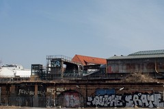Gleisdreieck 21 (Jrn Pachl) Tags: berlin subway grafitti decay eisenbahn railway ubahn gleisdreieck bvg hochbahn