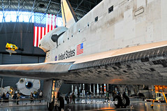 Space Shuttle Discovery (Throwingbull) Tags: travel history museum airplane virginia smithsonian space aircraft aviation air jets airplanes flight jet center historic national va transportation shuttle steven hazy discovery chantilly institution udvarhazy udvar