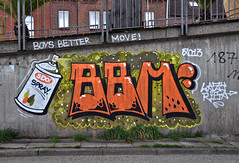 HH-Graffiti 1927 (cmdpirx) Tags: street urban color colour art public up painting fun graffiti paint artist space raum character kunst strasse tag hamburg humor can spray crew vandalism letter hh hip hop aerosol tagging farbe bombing throw knstler fatcap ffentlicher