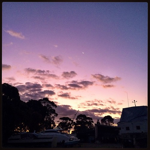 189/365 • It's already very very chilly - goodnight Sunday - I'm sure there will be ice on the boat in the morning • #189_2015 #sunset #purples #newmoon #venus #boatyard #sky #clouds #violet