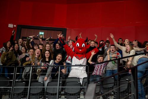 Jiki & Supporters - ©ChristelleGouttefarde