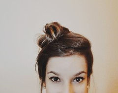 (PaulaAprigio) Tags: portrait self hair myself photography photo eyes sony indoor faceless