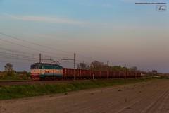 1026 - 655_077   CARRI CARBONE E CLORO A MIGLIARINO PISANO 26-4-2012  FULL HD (SPECIALE CAIMANI XMPR) (Frank Andiver TRAIN IN TUSCANY) Tags: italy train canon frank photo italia photos rail trains tuscany rails locomotive toscana treno fs trenitalia treni 655 ferrovie binario caimano fullhd e655 andiver frankandiver trainintuscany