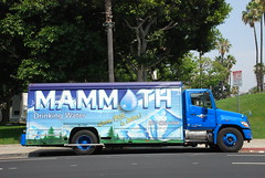 Mammoth Water (So Cal Metro) Tags: water truck la losangeles h2o bottledwater mammoth delivery hino watertruck