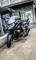 Z1000SX (xwattez) Tags: street france japanese motorcycles motorbike moto toulouse rue kawasaki japonaise 2013 z1000sx vision:outdoor=0928