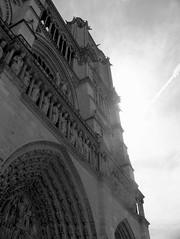 paris 2 (ondey) Tags: paris france church de europe cathedral gothic medieval notredame gargoyle cathdrale notre dame francie kostel evropa katedrla pa chrm gotika stedovk chrli
