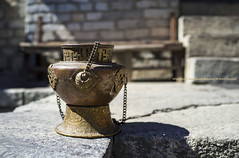 Censer By The Stairs |  (francisling) Tags: nepal zeiss 35mm t sony culture buddhism cybershot pot monastery himalaya burner khumbu incense sonnar  tengboche censer      rx1  dscrx1