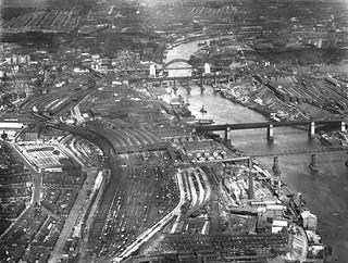 050983:Newcastle Bridges Unknown around 1929