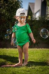 nio burbuja (GMH) Tags: bebe nio guagua burbujas