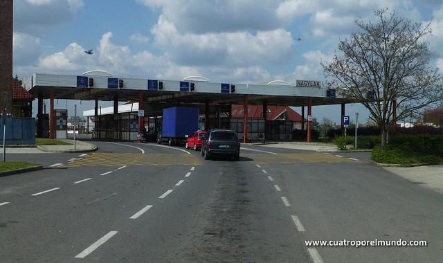 Pasando la frontera Húngara