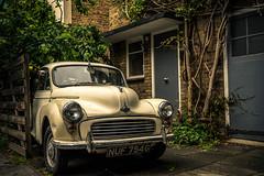 Old car (ShimmyGraphy) Tags: auto old england london vintage alt company gb 1958 oldtimer motor morris minor nothinghill 2015 gebraucht 1958morrisminor grosbritannienundnordirland shimmygraphy