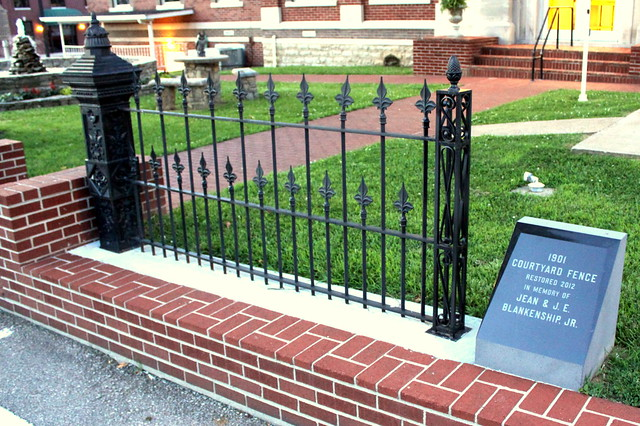 Restored 1901 Courtyard Fence - Lafayette, TN