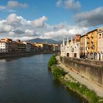 River Arno & Santa Maria della Spina thumbnail