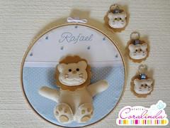 Fofuras para o Rafael! (Atelier Coralinda) Tags: feltro leo chaveiro