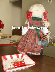 ALICE - boneca de natal (Joana Teo - Artesanato & Patchwork) Tags: natal de pano country boneca patchwork mesa mimos trilho joanateopatchwork