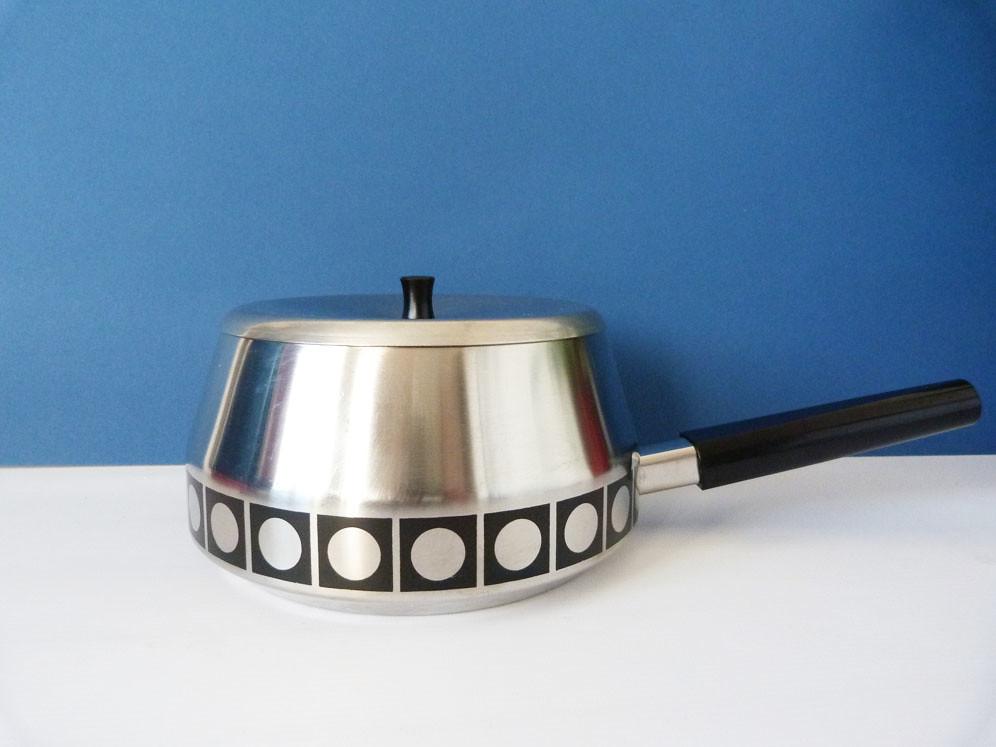 Perk swiss fondue pot by planetutopia, on Flickr