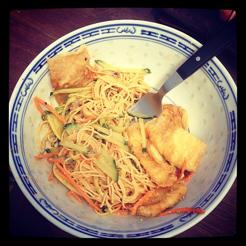 @_joshuapeter - spicy cold noodles for lunch. Just thought I'd take the gloating opportunity. Xxxx
