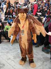 Glifo (Silvaliya) Tags: animal de la furry disfraz furries pajaro frontera jerez 2014 fursuit mitologico glifo salondelmangadejerez furryenespaa