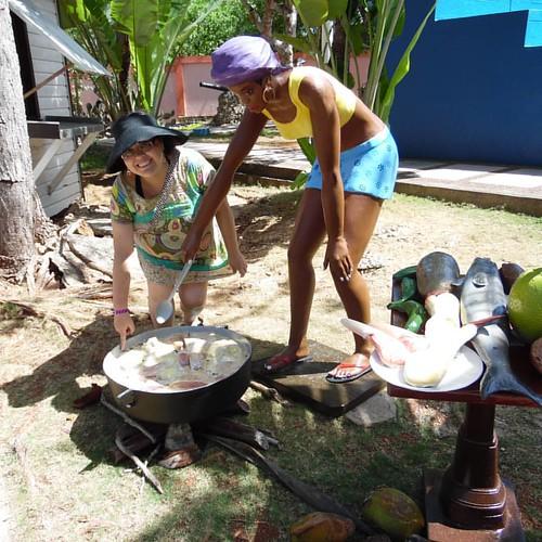 Probando el cocido, que estaba preparando está morenita en la casa museo 😋 #DonOsoTrip #DonOsoResidence #sanandresisla