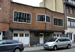 Atelier Florent-Prosper Colpaert, Schaarbeek (Erf-goed.be) Tags: geotagged brussel schaarbeek atelier archeonet geo:lon=43801 geo:lat=508575 florentprospercolpaert monrosestraat