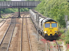66 551 (midland.road) Tags: train diesel shed leeds trains depot locomotive freightliner class66 midlandroad containertrain 66551 cass66