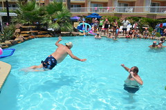 2013 rits sat pool party (54)