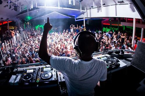 24 Jul 2013 - Cavo Paradiso, Mykonos