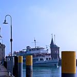 Konstanz - Fahrgastschiff »Baden« in der Hafeneinfahrt thumbnail