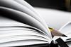 Lápiz y papel (Álvaro Hurtado) Tags: longexposure bw pencil notebook filter desaturation lápiz filtro ndfilter largaexposición desaturación neutraldensity filtrond densidadneutra cuardeno d3100
