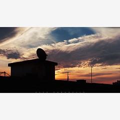 Pr do sol (Alex Paradela) Tags: sunset brazil sky brasil riodejaneiro clouds canon landscape eos prdosol dslr