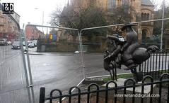 Loby_Dosser_01 (Internet & Digital) Tags: statue lobey dosser reinstated glasgowswestend bud neill budneill woodlandsroad bronzecasting horse twolegged glasgow lobeydosser handcuffed elfideolo rankbejin