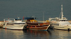tukish-tourboats2 (wayne_paton) Tags: boats tourboats