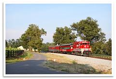 Elkchester (bogray) Tags: train bluegrass ky locomotive emd gp382 dieselelectric centralkentucky elkchester rjcorman lexingtondinnertrain