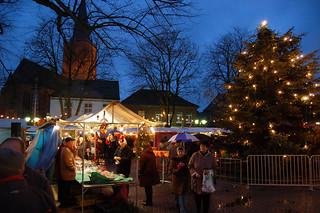 Kerstmarkt op het marktplein van Elten