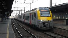 AM 08038 - BRUXELLES-MIDI (philreg2011) Tags: train trein nmbs bruxellesmidi sncb desiro am08 am08038 ir2800 ir2808