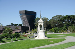 The de Young Photo