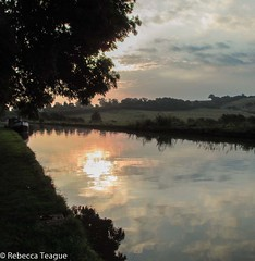 Sunrise over the Grand Union Canal (Mrs Bec) Tags: uk trees england sky water sunrise canals grandunioncanal