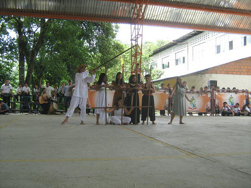 Escuela Natural Itinerante Caqueta