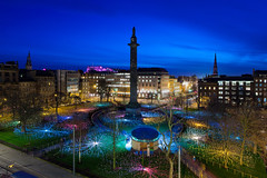 Edinburgh & Bruce Munro at St. Andrew Square (kenny mccartney) Tags: uk